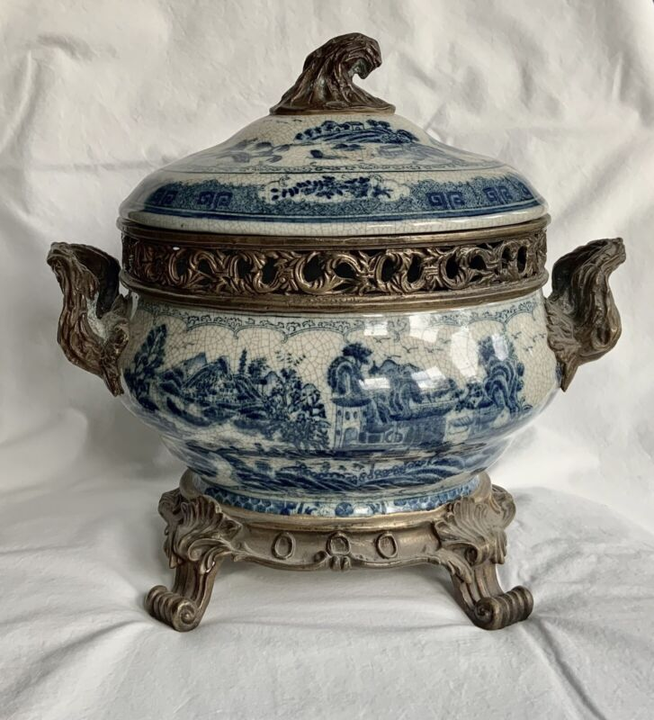 MINT Vintage Bronze Porcelain Castilian Blue & White Centrepiece Bowl w/handles