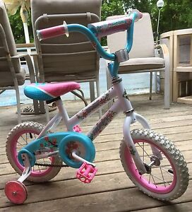 Toddler Bike with training wheels Size 12,5""