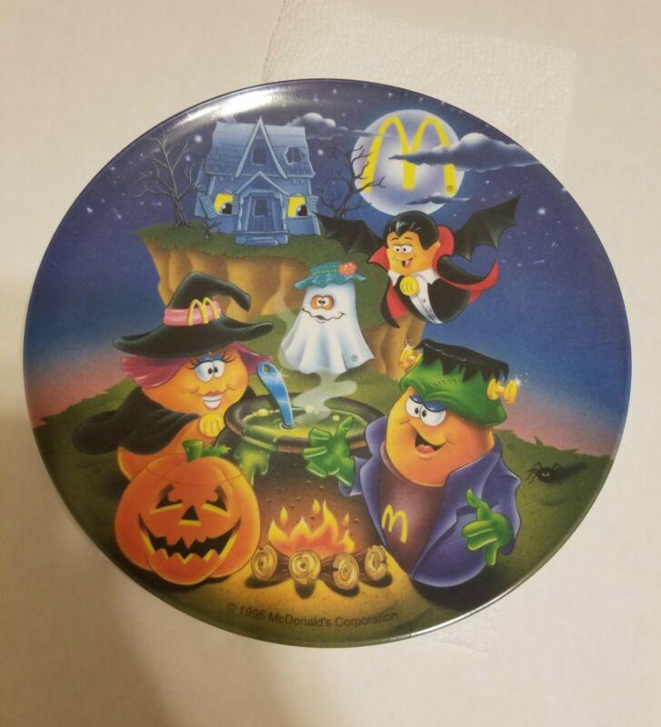 Vintage McDonalds Halloween Plastic Plate - McNugget Buddies  1995 New