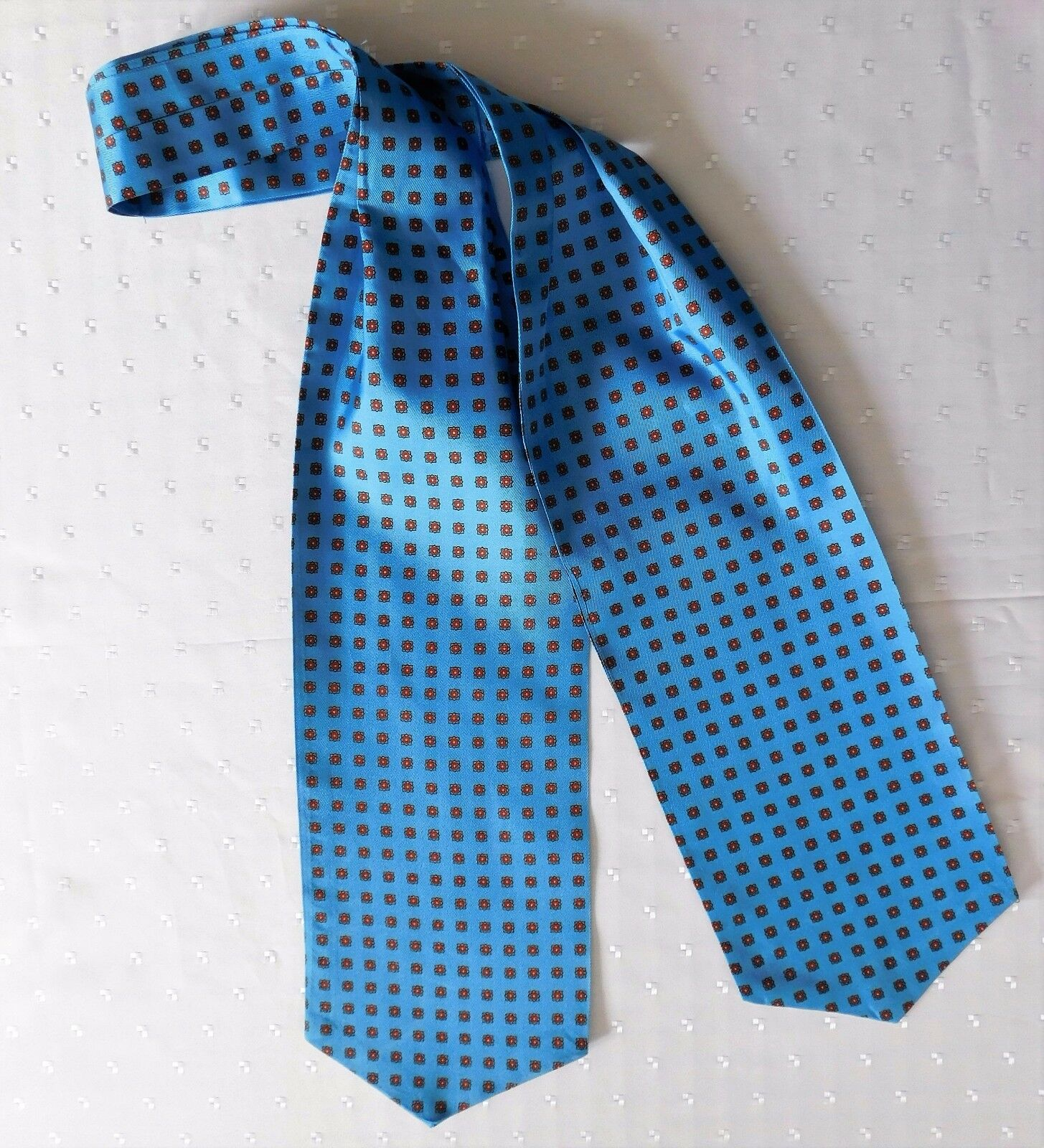 Tie Rack blue cravat vintage 1980s good condition Made in England traditional