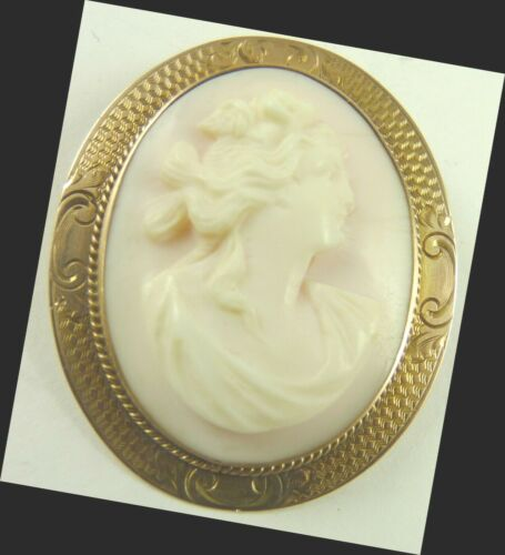 Angelskin Coral Cameo Pendant or Pin Vintage 10K Gold