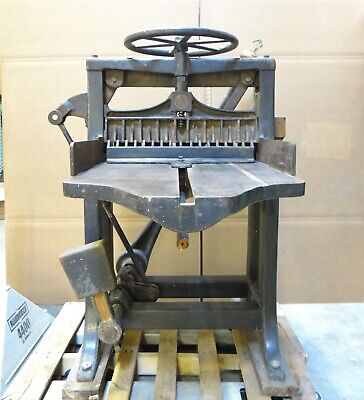 Large Antique Chandler Price. Co S4018 Hand Operated Paper Guillotine Cutter