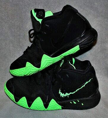 Nike Boys Black Green Shoes Size 5Y Slime
