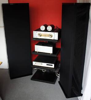 Musical Fidelity M3 Nu-Vista Amplifier + Mirage M-1si Speakers