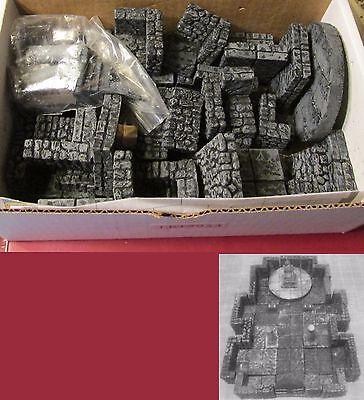 Legendary Realms Terrain 10002953 Dungeon Set Throne Room Audience Chamber NIB