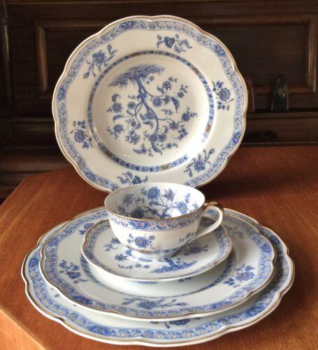 "Haviland Limoges ""Arbre Bleu"" 5 Piece set. 1958. Blue tree and gold trim."