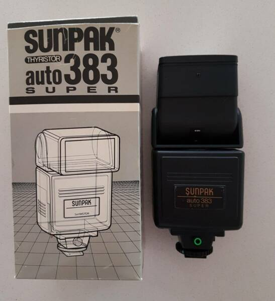 sunpak auto 383 electronic camera flash digital camera accessories rh gumtree com au Number 393 Number 390