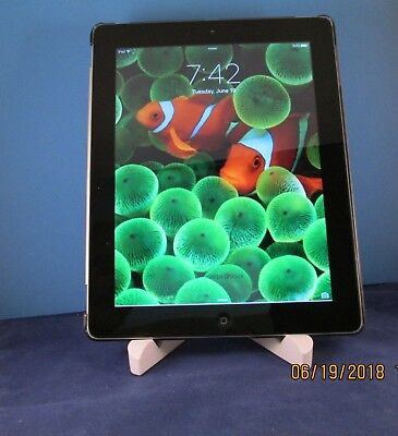Apple iPad 3rd Gen. 16GB, Wi-Fi, 9.7in - Black with Smart Cover