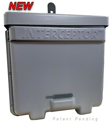 Honeybee Swarm Trap - The Interceptor Pro - Bee Equipment - Bee Hive Bait Trap