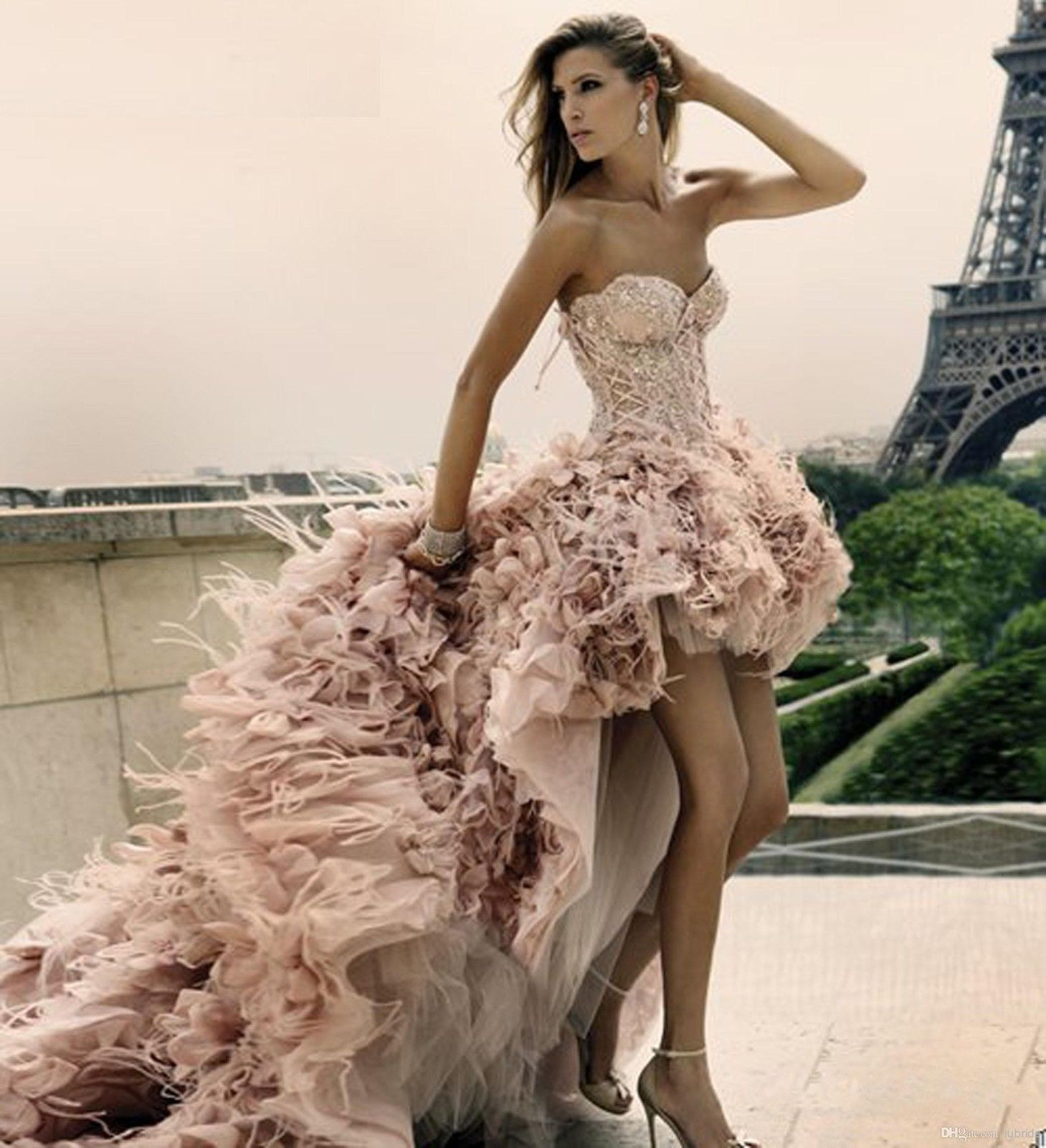 2018 New Wedding Dresses Old Pink Hi-Lo Feather Bridal Ball Gowns ...
