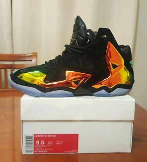 Lebron XI ext kings crown  Campbelltown Campbelltown Area Preview