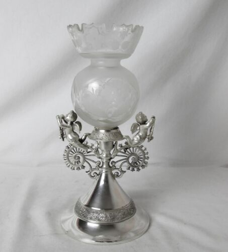 1864 MIDDLETOWN SILVER PLATED & GLASS VASE WITH CHERUBS RARE PIECE