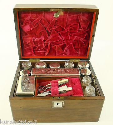 Lady Dress Box Maniküre Set England um 1830 Palisander und Mahagoni furniert