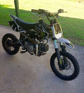 Pit bike 125cc Logan Village Logan Area Preview