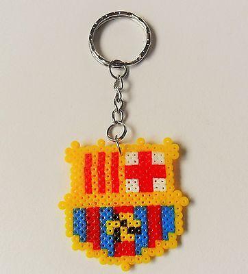 Llavero escudo del F.C. Barcelona hecho con hama beads mini