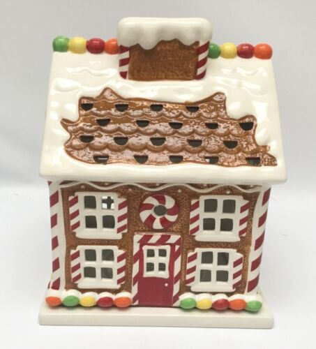 2009 Slatkin & CO Gingerbread House Candle Luminary Bath &Body Works