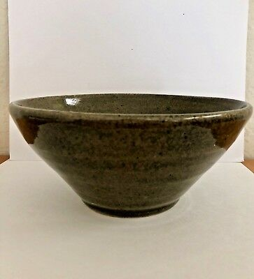 Handmade Wheel-Thrown Stoneware Olive Green Glazed Ceramic Pottery Bowl. Signed