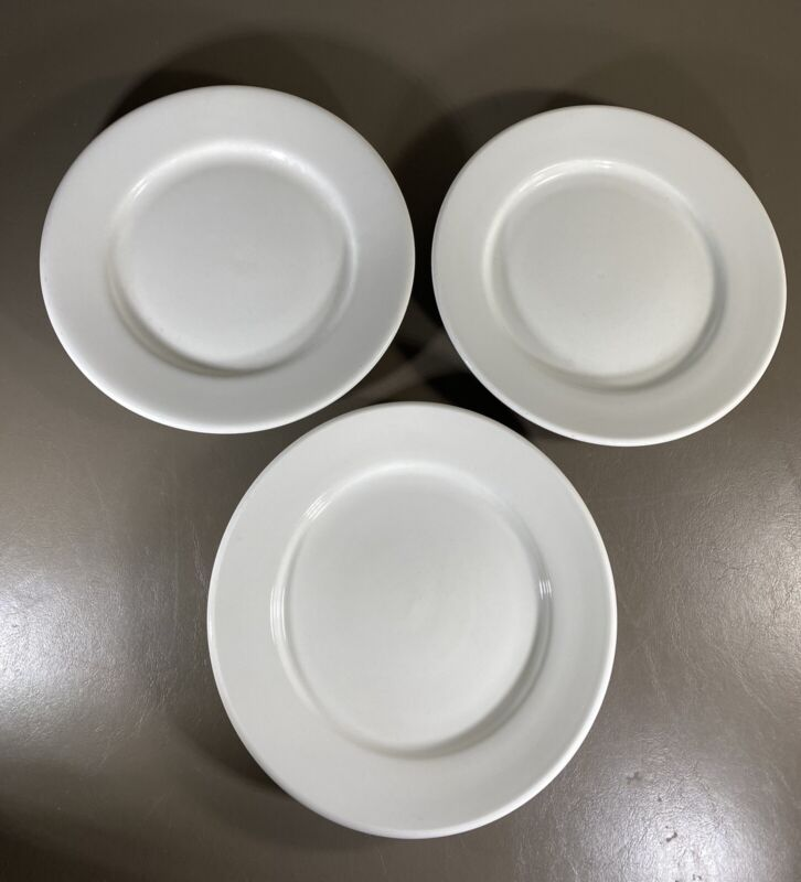 Buffalo China 3 Dinner Plates Off White Restaurant Ware Farmhouse Diner Vintage
