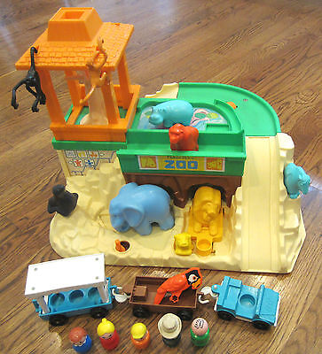 Vintage 1984 Fisher Price Little People Zoo #916 ANIMALS CARS