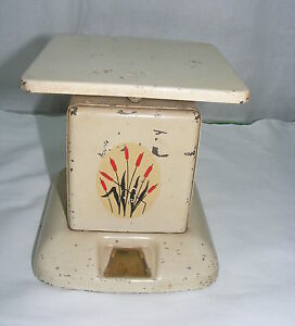 Vintage Universal Cambridge China Red Cattail 25 Scales Weight Machine ...
