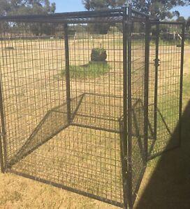 Cages/enclosures