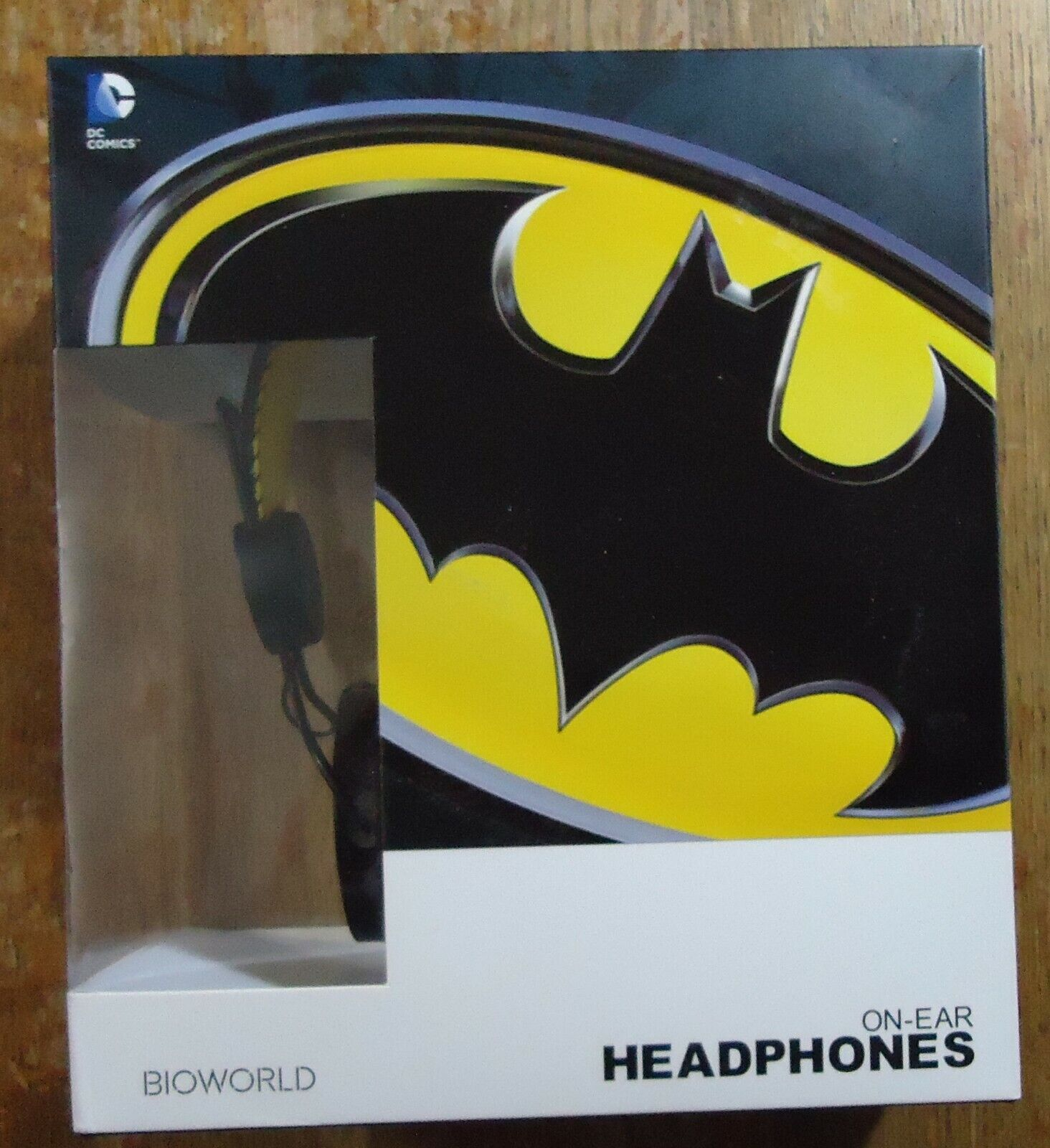 Bioworld Batman Over The Ear Headphones DC Comics Ear Pad NEW/SEALED - $24.95