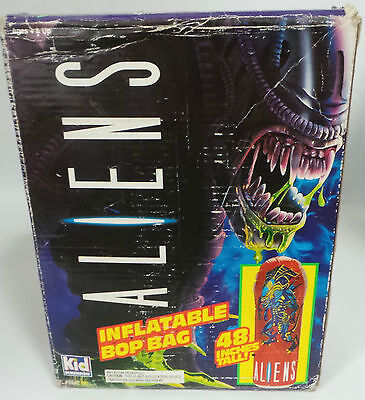 ALIENS : ALIEN INFLATABLE BOP BAG - APPROX. 48 INCHES HIGH MADE IN 1993