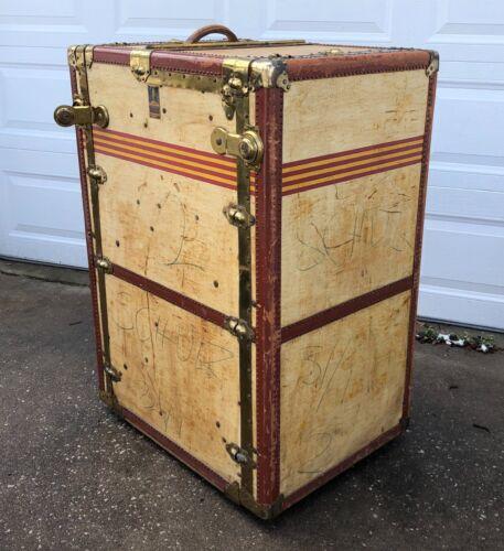 Antique Oshkosh Wi. Spinning Wardrobe Steamer Trunk Luggage Chest Vintage + Keys