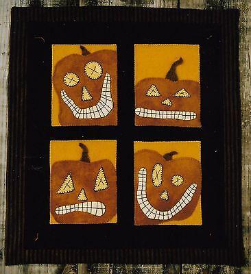 PRIMITIVE WOOL APPLIQUE PENNY RUG PATTERN PUMPKINS AUTUMN FALL HALLOWEEN *NEW* - Patterns Pumpkin Halloween
