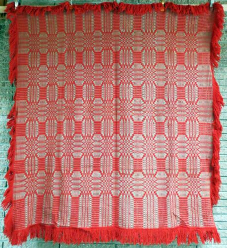 VINTAGE HAND WOVEN THROW IN TURKEY RED AND LINEN