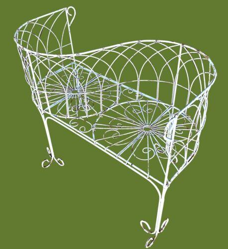 Vintage Garden Wire Tete-a-Tete Bench