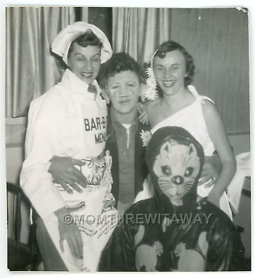 1954 PHOTO Halloween People Costumes Cat Venus Hobo Cook Shavlis Illinois IL