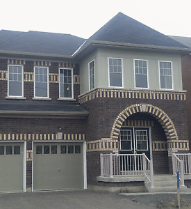 4 Bedroom House, finish basement (3/4 portion) in Stouffville