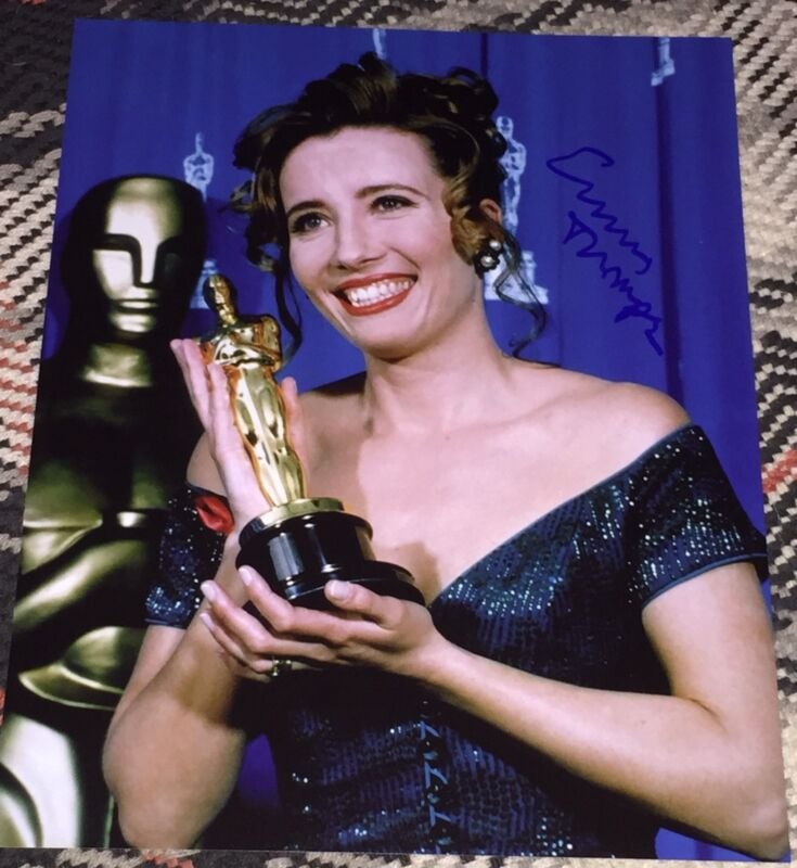 EMMA THOMPSON SIGNED AUTOGRAPH VERY RARE OSCARS TROPHY SMILE 11X14 PHOTO COA
