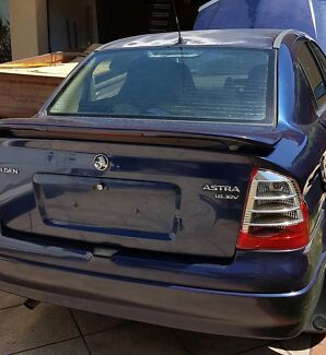 Astra 2001 Manual parts, Tail light AND Heaps more