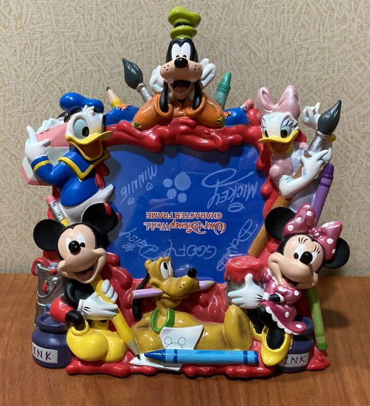 Disney World 3D Picture Frame MICKEY MINNIE DONALD DAISY PLUTO GOOFY Art Paint