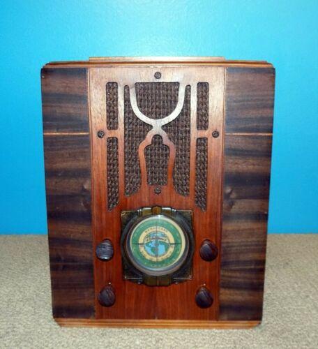 Silvertone Model 1954 Tombstone Tube Radio Good Condition Rare Free Ship