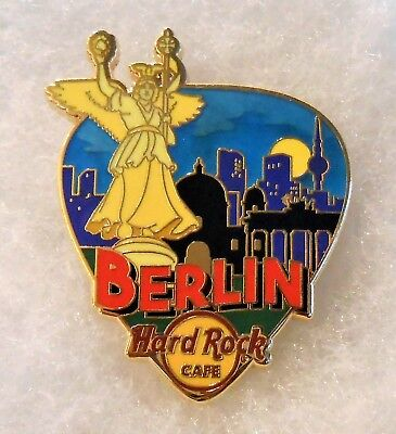 HARD ROCK CAFE BERLIN GREETINGS FROM GUITAR PICK SERIES PIN # 95996