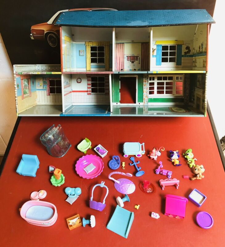 Vintage 1950s Marx Toys Metal Doll House Tin Litho W/ Furniture & Accessories