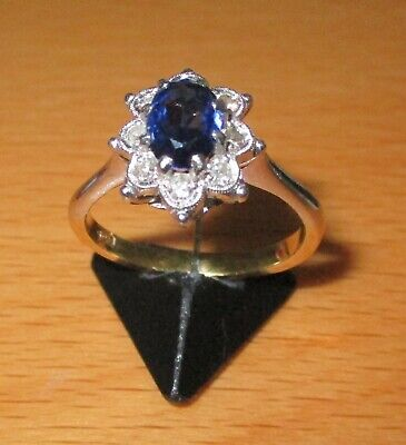 SECONDHAND 18 ct YELLOW & WHITE GOLD  DIAMOND &  SAPPHIRE CLUSTER  RING SIZE R