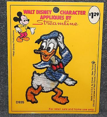 NICE VINTAGE WALT DISNEY PRODUCTIONS DONALD DUCK PATCH