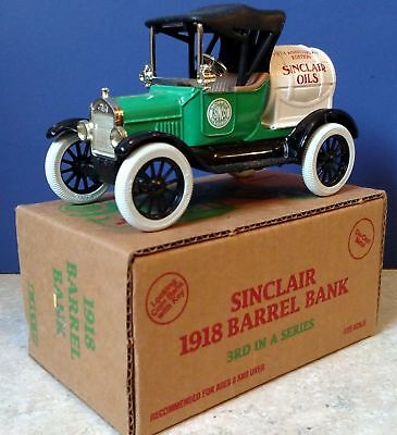 MIB ~ Ertl #9483UP Sinclair 1918 Ford Runabout Barrel Bank, 1/25 Scale