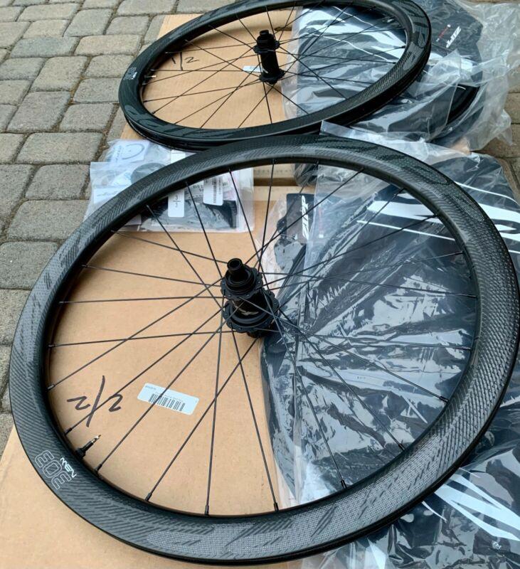Zipp 303 NSW Disc Brake Tubeless Wheelset Shimano/SRAM freehub - FLAWLESS!