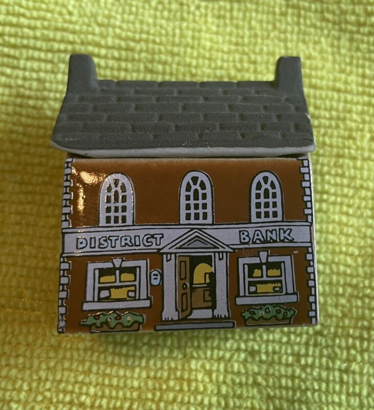 WHIMSEY ON WHY PORCELAIN HOUSES DISTRICT BANK #25 FROM ORIGINAL SET OF 4