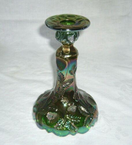 ANTIQUE CAMBRIDGE GREEN CARNIVAL GLASS INVERTED STRAWBERRY INTAGLIO CANDLESTICK