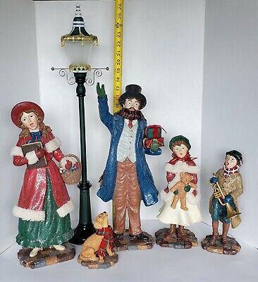 Costco Kirkland Vintage-Style Christmas Carolers w/ Lighted Lamp Post