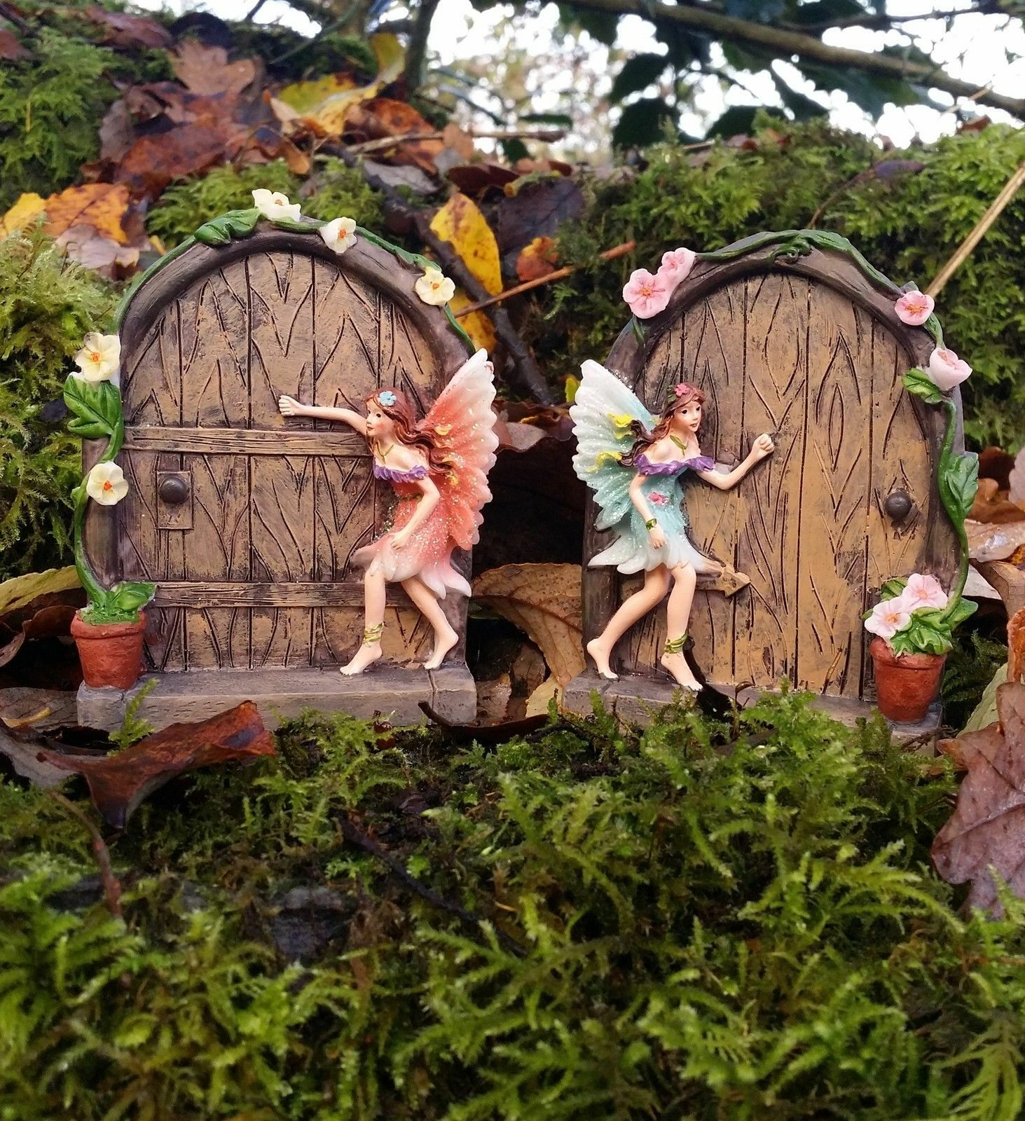 Minature sparkle fairy garden door pixie tree decoration for Fairy door adairs