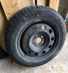 Snow Tires Set of 4 on steel rims 215/60R16