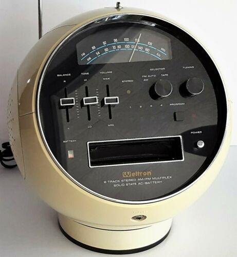 Weltron 2001 Space Ball FM AM Radio 8 Track Player White Vintage 1970s Japan