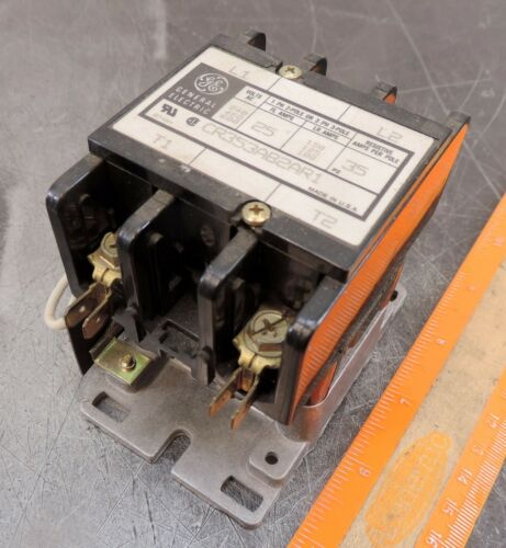General Electric GE Contactor CR353AB2AR1 24/28VDC Coil 25A 2P